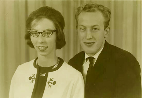 Image of Dr. Jan Pol's old picture with wife Diane Pol