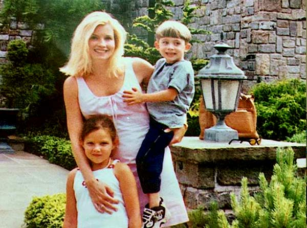 Image of Nadine and her two children with Belfort (Carter and Chandler)