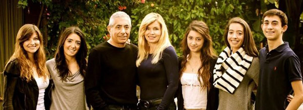 Image of Nadine and her family of Seven